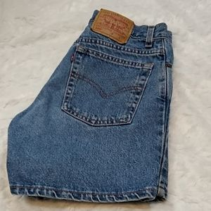 Levi's 555 Guy Fit Denim Jean Shorts